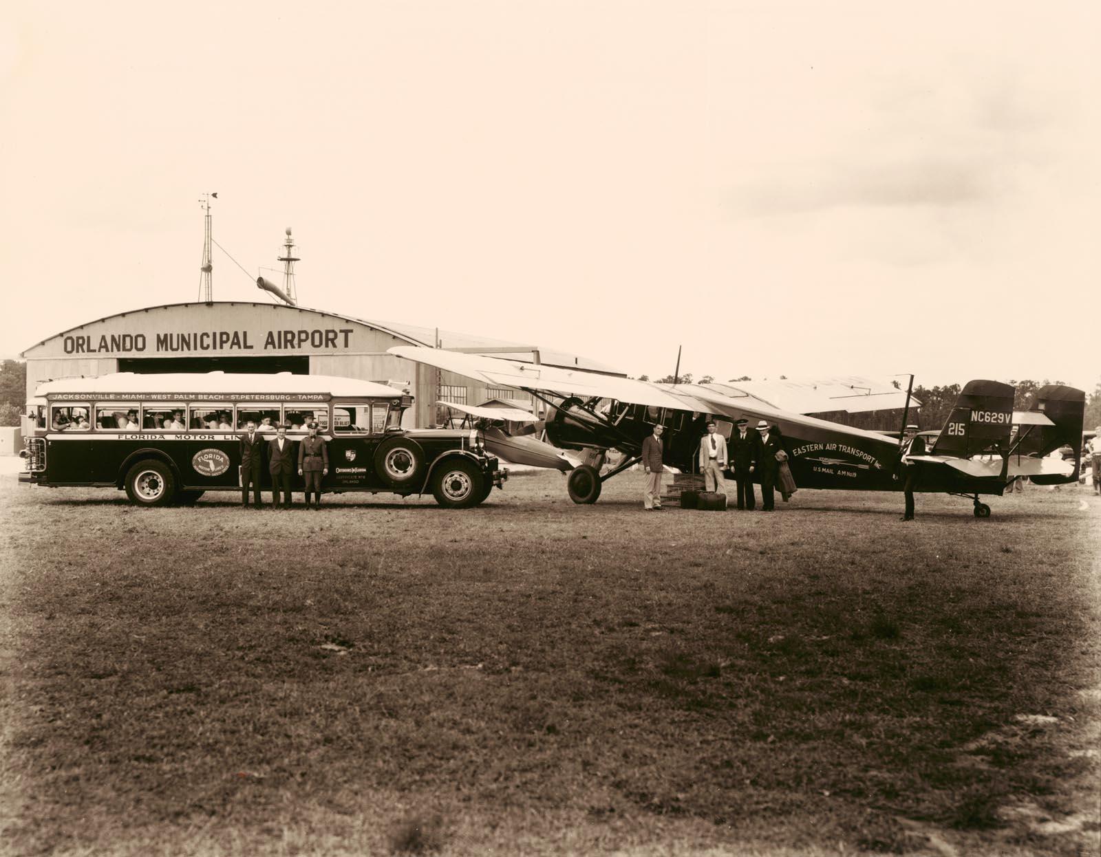 Aircraft & Hangar