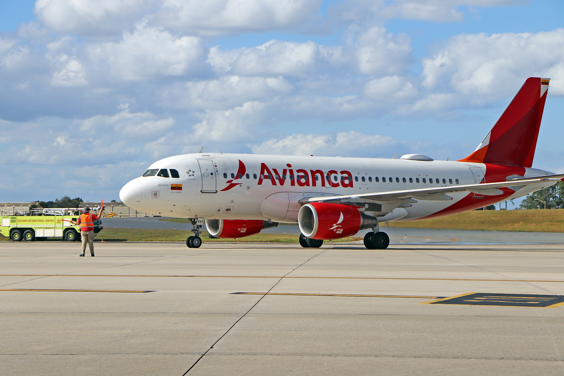 Avianca flight from Bogota taxiing to the gate