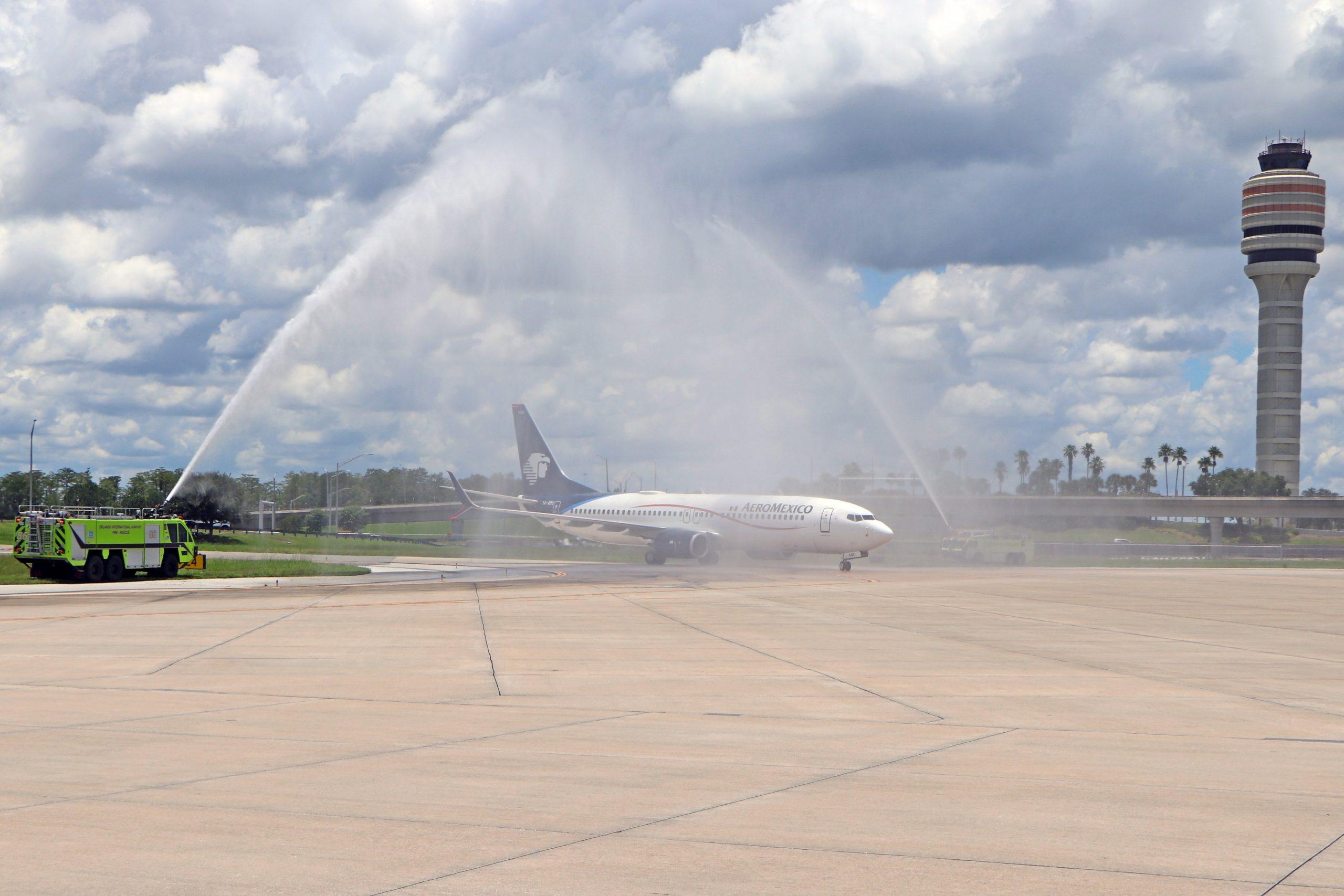 Water salute for AeroMexico's return to Orlando International Airport