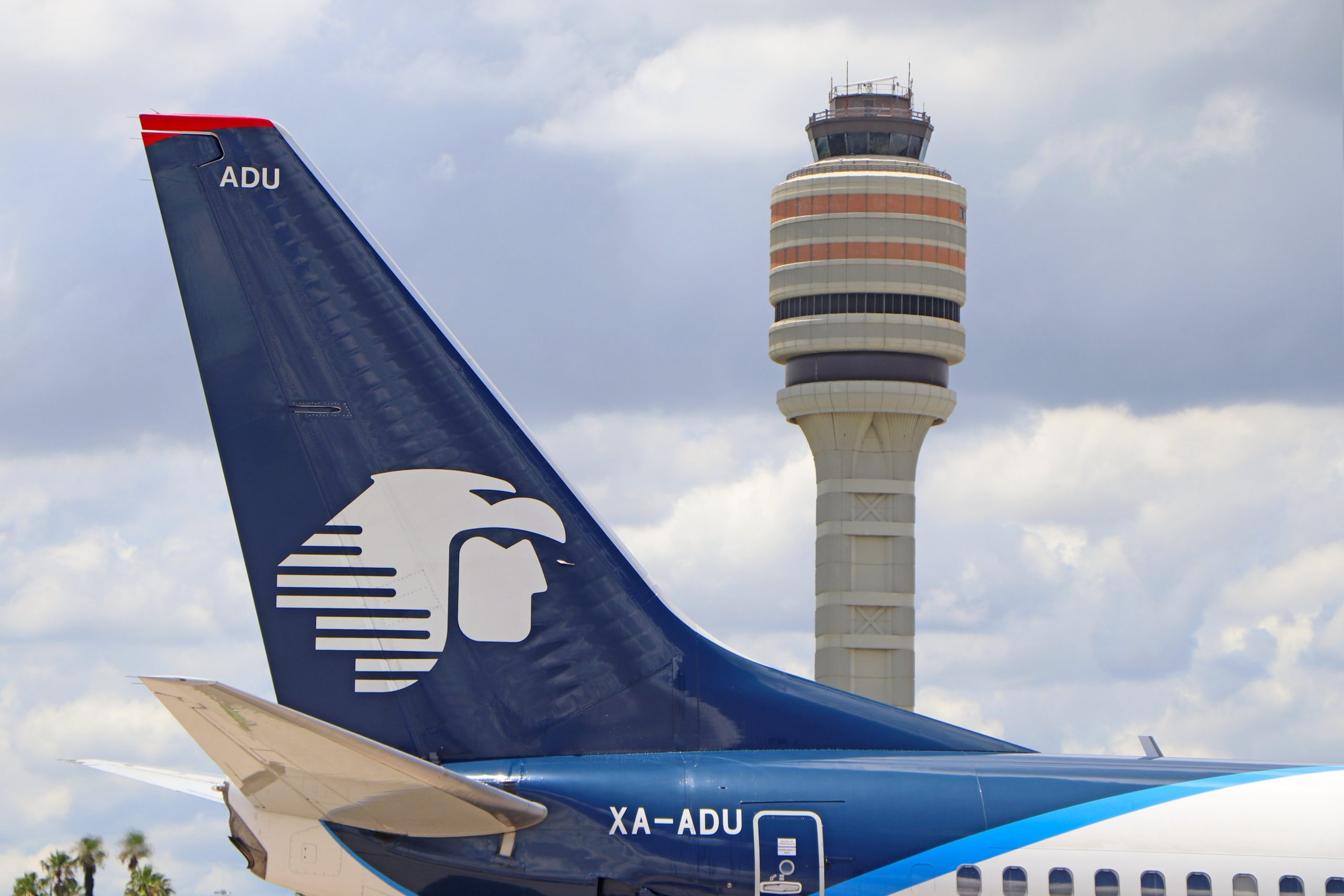 AeroMexico flight markers the return of service by international air carriers at Orlando International